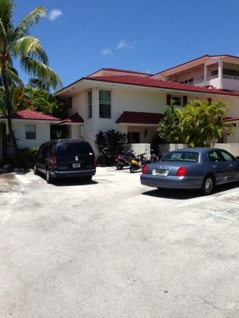 32 Hilton Haven Dr # 4, Key West, FL 33040
