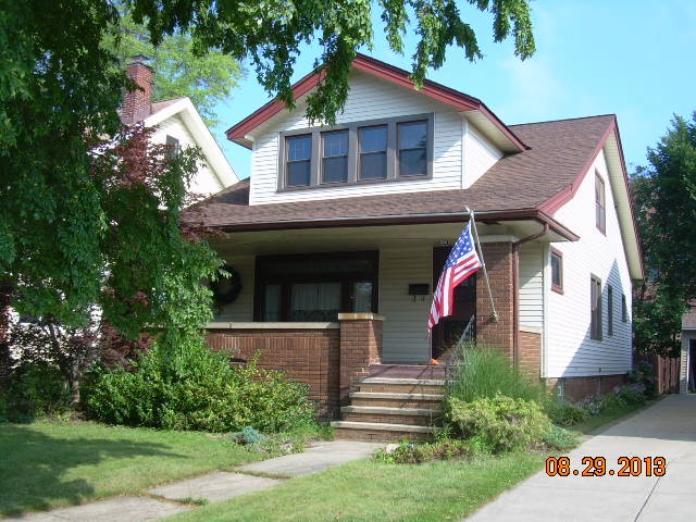 17308 Dartmouth Ave, Cleveland, OH 44111