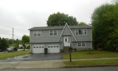 98 Walnut St, Milford, CT 06460