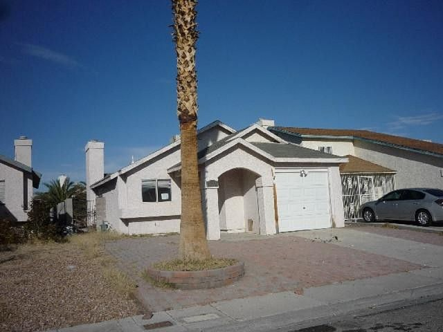 3632 Lake Shore Ct, Las Vegas, NV 89115