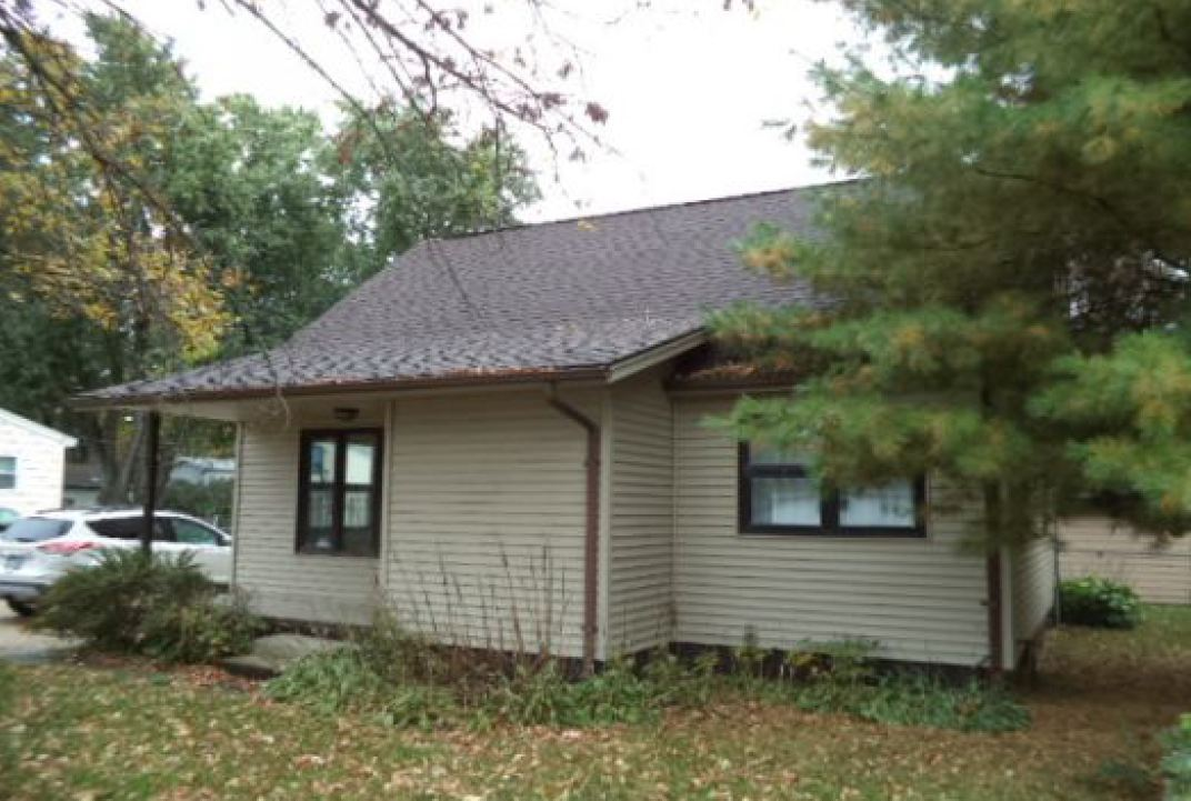 536 Mcshane Ave, Waterloo, IA 50703