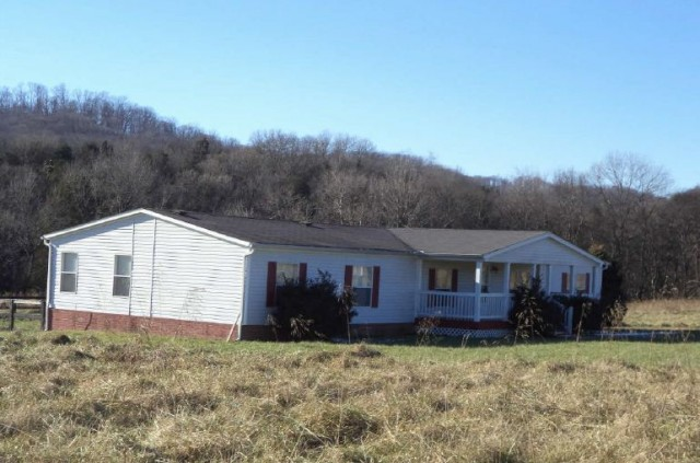 3163 Us-31e, Bethpage, TN 37022