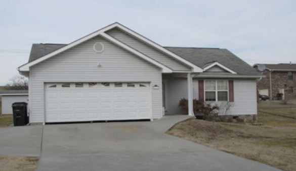 414 Clearbrook Dr, Jefferson City, TN 37760