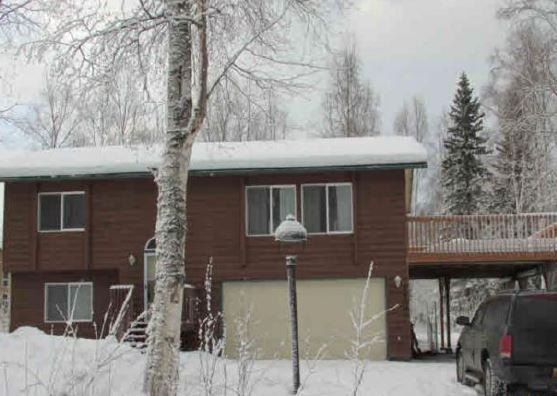 24000 Pillow Cir, Chugiak, AK 99567