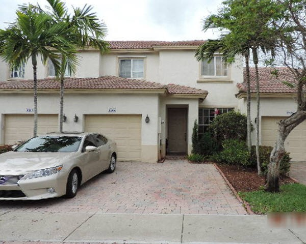1806 Nw 78th Way, Pembroke Pines, FL 33024