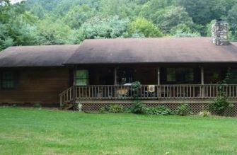 556 Tiger Creek Rd, Roan Mountain, TN 37687