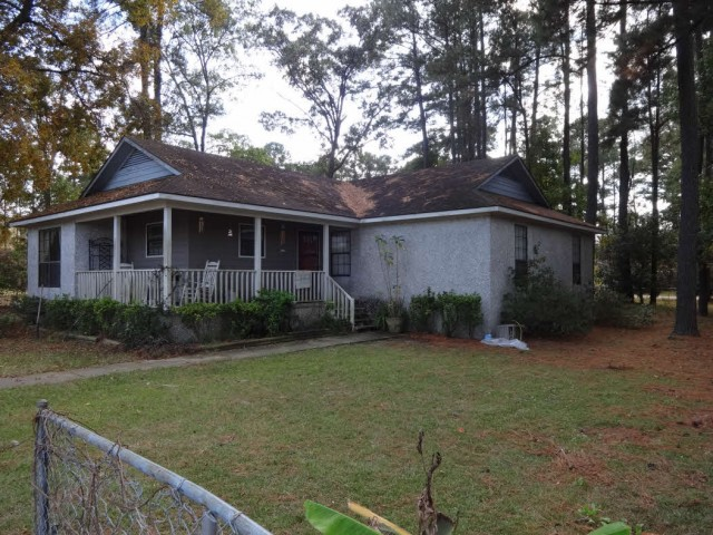 343 Shore Dr, Brunswick, GA 31520