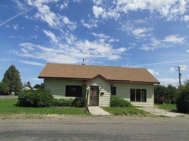 Gooding County foreclosures – 132 8th Ave W, Gooding, ID 83330