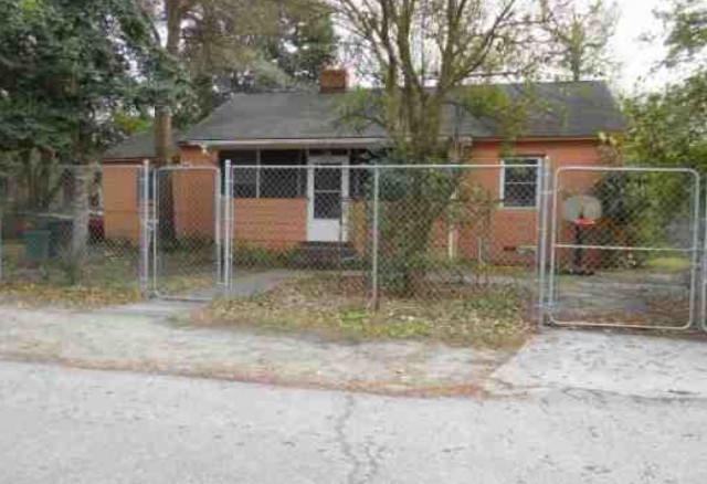 Glynn County foreclosures – 2160 Cate St, Brunswick, GA 31520
