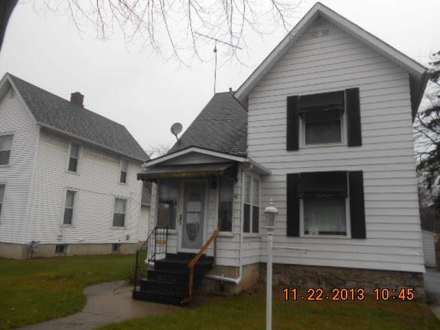 Monroe County foreclosures – 207 E 2nd St, Monroe, MI 48161
