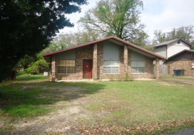 Jackson County foreclosures – 1533 S 11th St, Ocean Springs, MS 39564