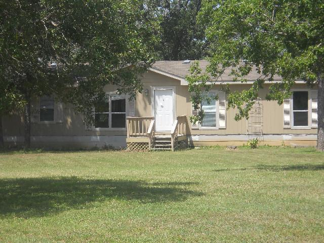 Bastrop County foreclosures – 113 Kelley St, Bastrop, TX 78602