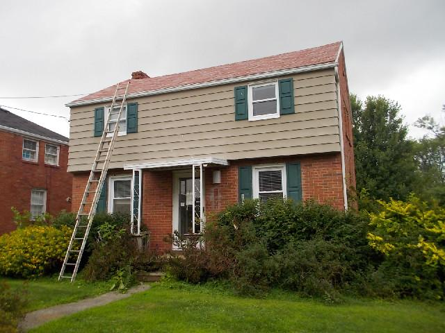 1059 George St, Sharon, PA 16146