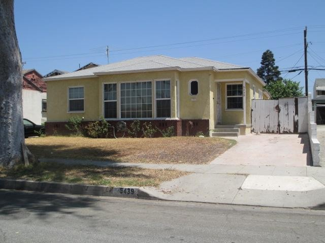 Los Angeles foreclosures – 5439 Via Corona St, Los Angeles, CA 90022
