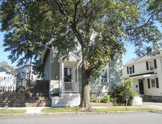Essex County foreclosures – 44 Tremont St, Peabody, MA 01960