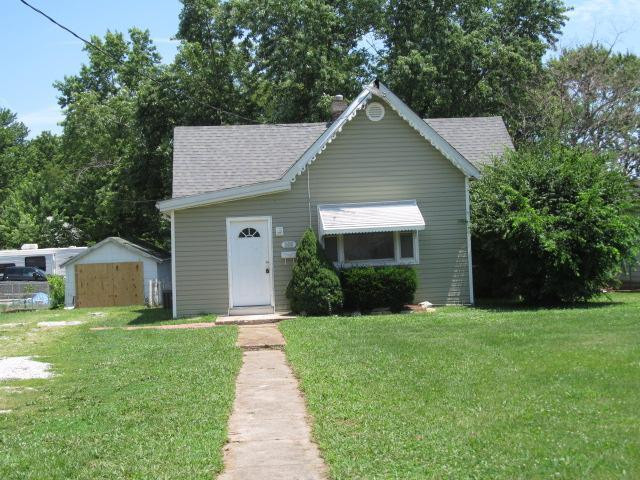Jefferson County foreclosures – 300 Russell Ave, Festus, MO 63028