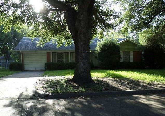 3409 Avenue K, Bay City, TX 77414