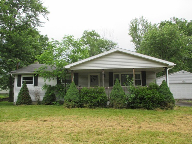 Trumbull County foreclosures – 73 Fairlawn Ave, Niles, OH 44446