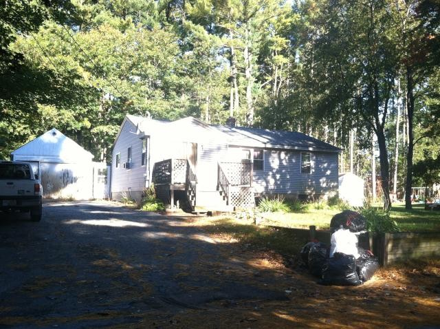 Rockingham County foreclosures – 24 Walton Rd, Plaistow, NH 03865