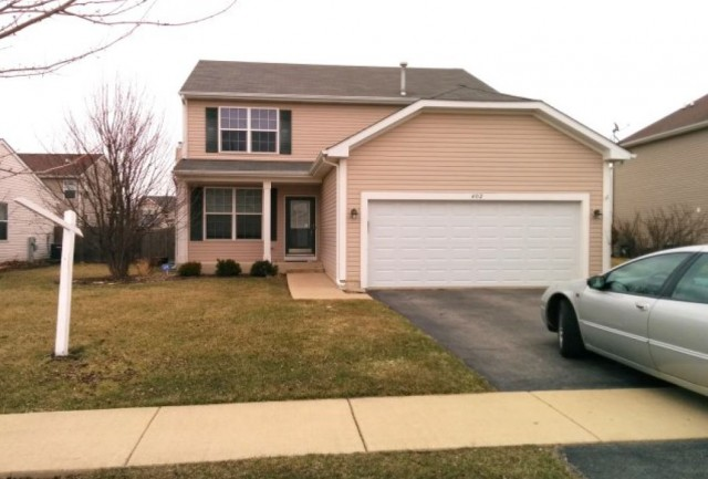 402 Grape Vine Trl, Oswego, IL 60543