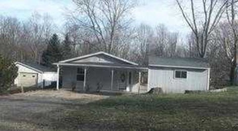 Fayette County foreclosures – 544 S County Road 550 W, Connersville, IN 47331