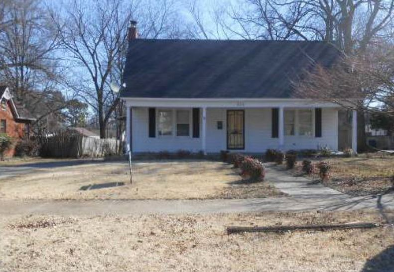 Tipton County foreclosures – 414 N Maple St, Covington, TN 38019