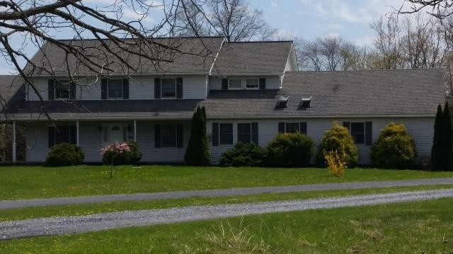 3931 Mountain View Dr, Danielsville, PA 18038