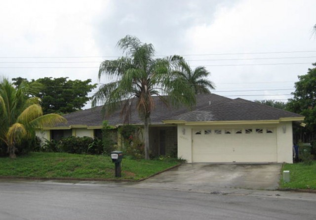 Pembroke Pines foreclosures – 10041 Sw 14th St, Pembroke Pines, FL 33025
