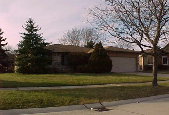 34323 Claudia Ct, Sterling Heights, MI 48310