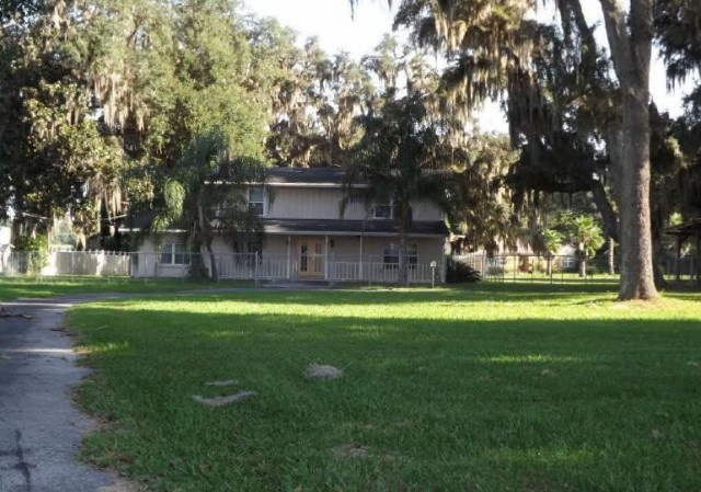 Putnam County foreclosures – 902 Read Ave, Crescent City, FL 32112