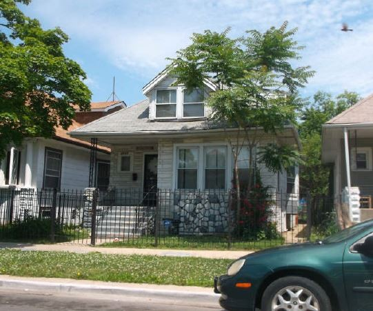 Chicago foreclosures – 4844 W St Paul Ave, Chicago, IL 60639