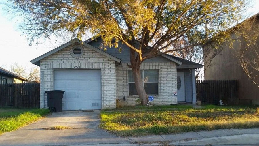 San Antonio foreclosures – 9911 Lauren Mist, San Antonio, TX 78251