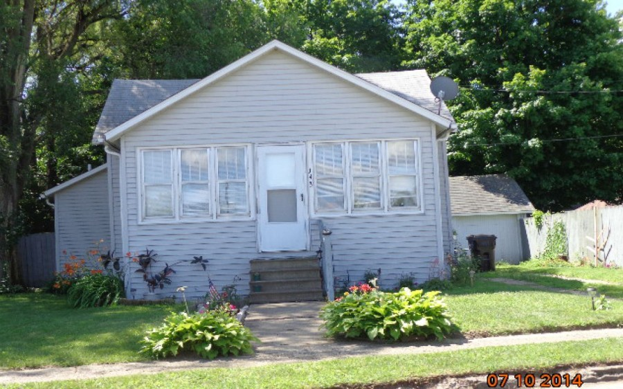 Branch County foreclosures – 143 State St, Bronson, MI 49028