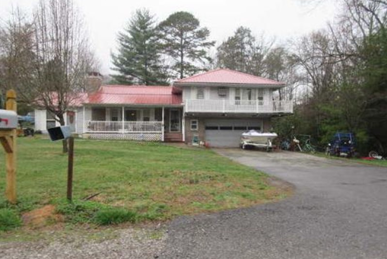 131 Stiles Ln, Kingston, TN 37763