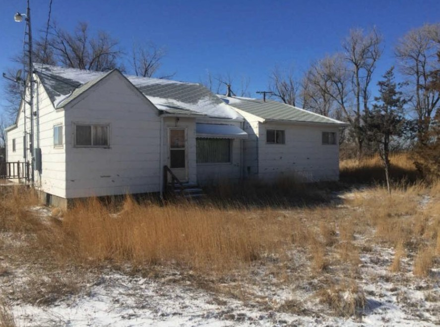 16732 Montana Ave, Broadview, MT 59015