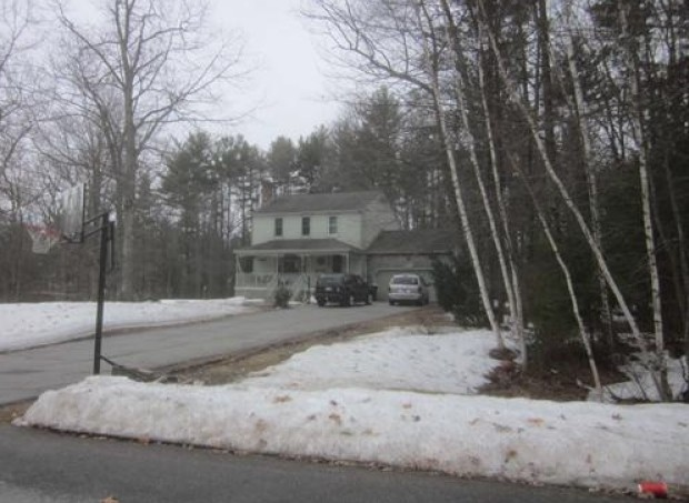Rockingham County foreclosures – 5 Lesley Cir, Derry, NH 03038