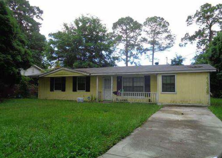 Glynn County foreclosures – 2222 Peachtree St, Brunswick, GA 31520