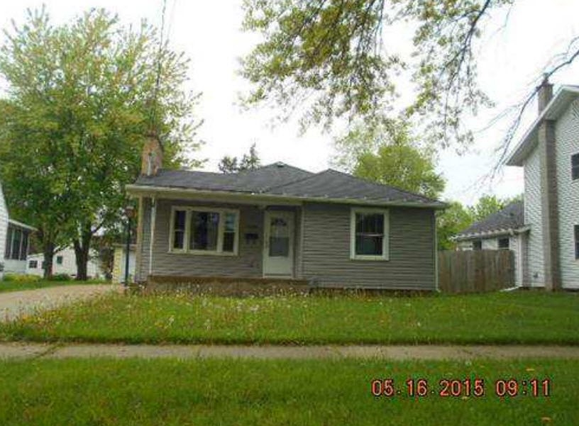 1909 13th Ave, Monroe, WI 53566