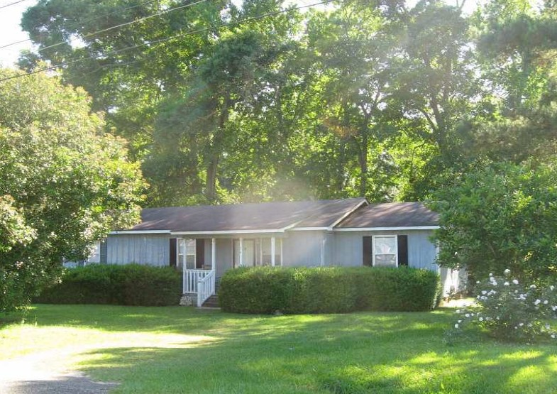 Thomas County foreclosures – 74 Bond St, Thomasville, GA 31757