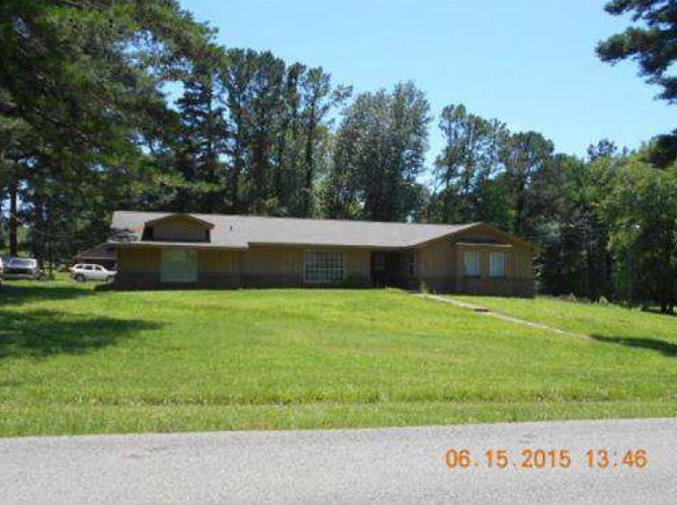 38801 foreclosures – 153 Carr Vista Rd, Tupelo, MS 38801