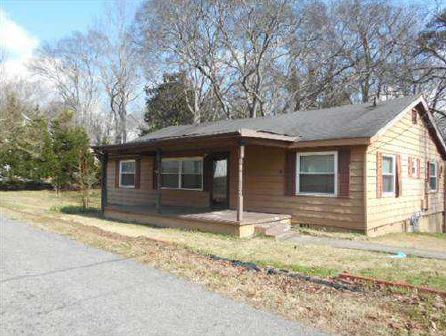 151 Pine Ave, Hueytown, AL 35023