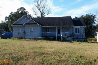 Red Springs foreclosures – 303 N College St, Red Springs, NC 28377
