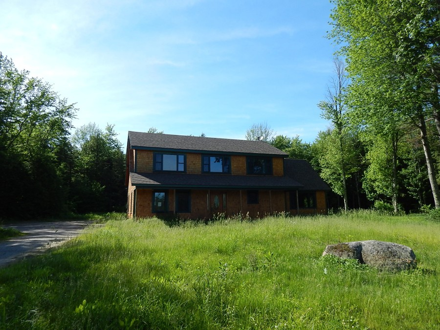 730 Greenfield Rd, Peterborough, NH 03458
