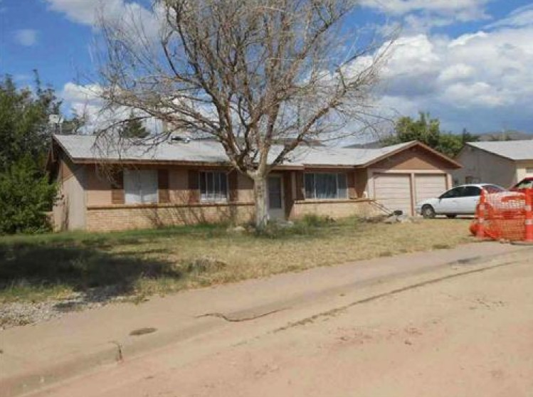 Otero County foreclosures – 1824 Lamar Cir, Alamogordo, NM 88310