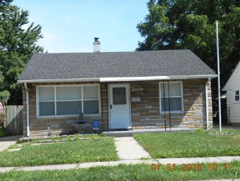 1537 E Harry Ave, Hazel Park, MI 48030
