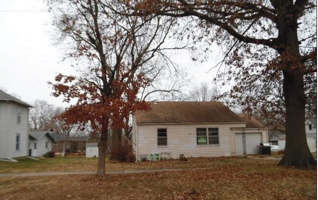 66006 foreclosures – 1017 9th St, Baldwin City, KS 66006