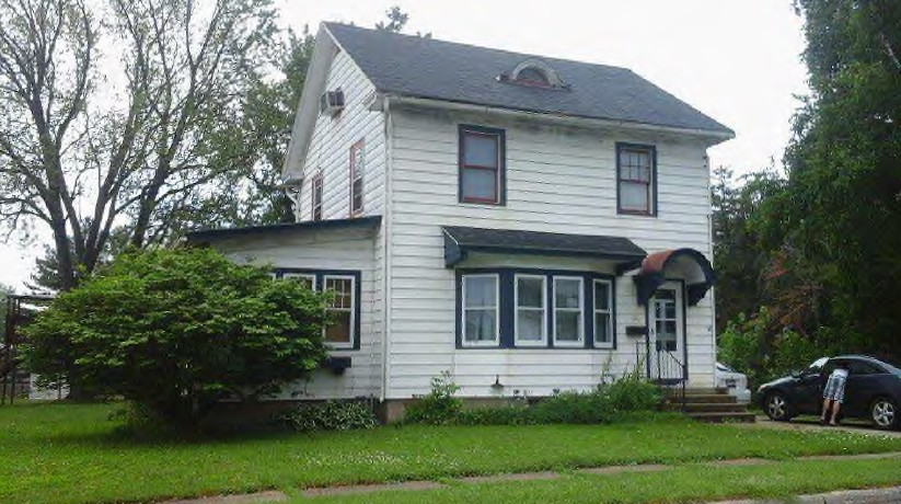 223 Mary St, Watertown, WI 53094