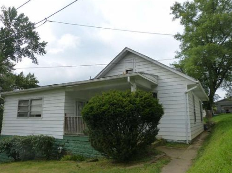 Harrison County foreclosures – 223 Bond St, Clarksburg, WV 26301