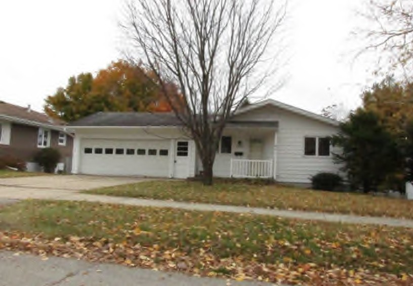 1424 29th St Nw, Rochester, MN 55901
