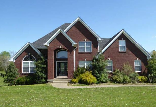 255 Queens Ct, Taylorsville, KY 40071